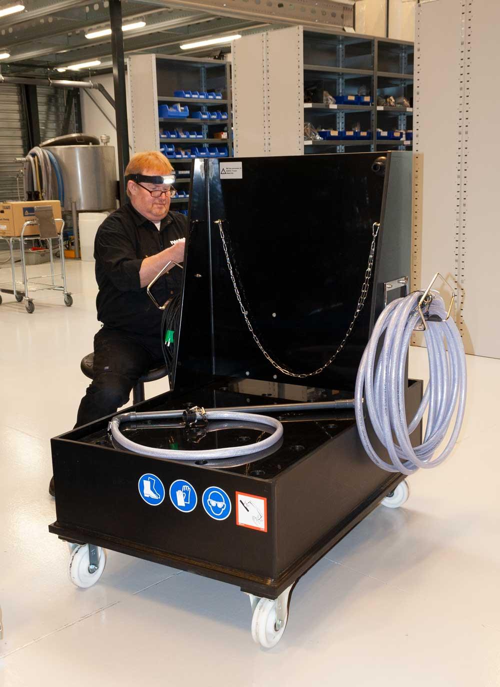 Søren Olsen fremstiller en mobil doseringsunit